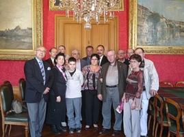 SEF FERRIERES 7266 Groupe à la mairie